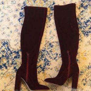 Aldo velvet boots -very good condition